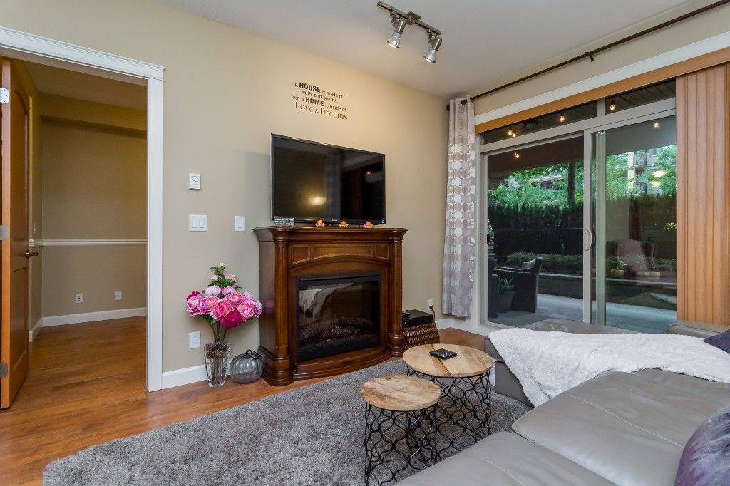 """Photo 17: Photos: 155 8328 207A Street in Langley: Willoughby Heights Condo for sale in """"YORKSON CREEK"""" : MLS®# R2201226"""