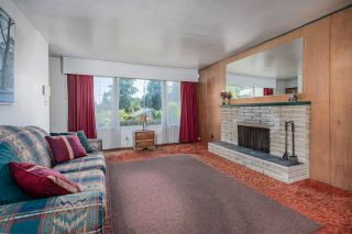 Photo 2: 1498 FREDERICK Road in North Vancouver: Lynn Valley House for sale : MLS®# R2591085