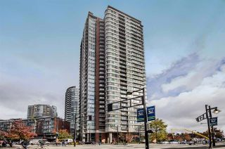 """Photo 1: 2506 688 ABBOTT Street in Vancouver: Downtown VW Condo for sale in """"THE FIRENZE II"""" (Vancouver West)  : MLS®# R2427192"""