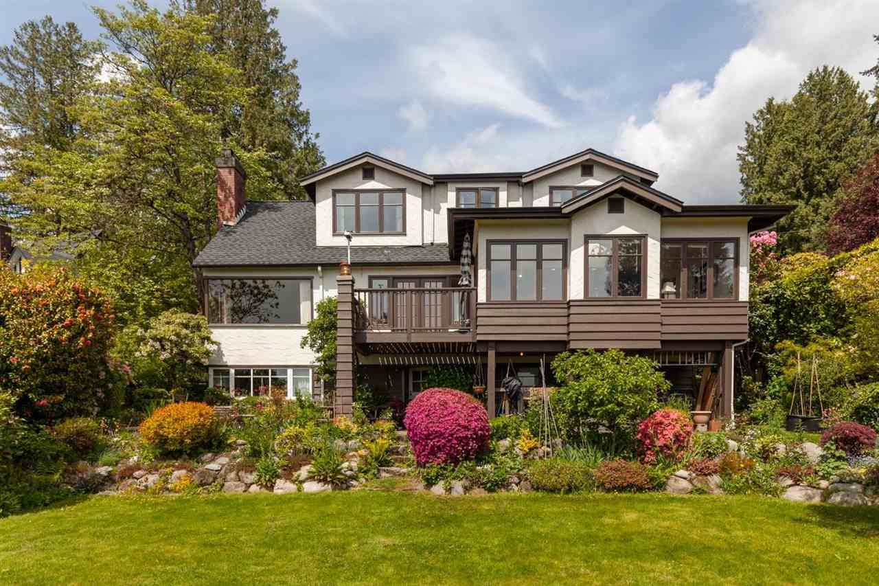 Main Photo: 2630 HAYWOOD Avenue in West Vancouver: Dundarave House for sale : MLS®# R2581270