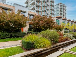 """Main Photo: 103 5838 BERTON Avenue in Vancouver: University VW Townhouse for sale in """"The Wesbrook"""" (Vancouver West)  : MLS®# R2625743"""