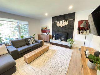 """Photo 3: 40442 SKYLINE Drive in Squamish: Garibaldi Highlands House for sale in """"Garibaldi Highlands"""" : MLS®# R2531600"""