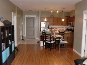Photo 3: 421-12350 Harris Road in Pitt Meadows: Condo for sale : MLS®# R2142898