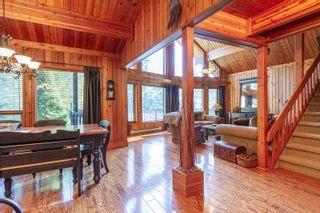 """Photo 3: 76 GARIBALDI Drive in Whistler: Black Tusk - Pinecrest House for sale in """"BLACK TUSK"""" : MLS®# R2601918"""