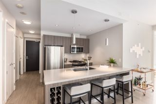 Photo 1: 405 1788 ONTARIO STREET in Vancouver: Mount Pleasant VE Condo for sale (Vancouver East)  : MLS®# R2495876