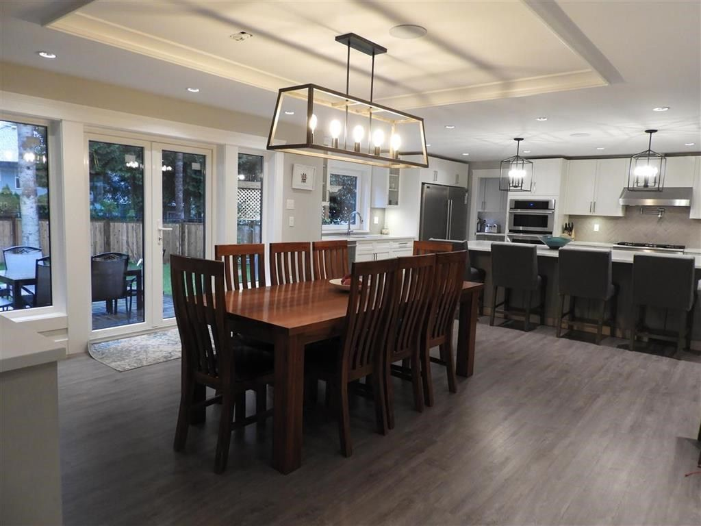 """Photo 8: Photos: 2427 127 Street in Surrey: Crescent Bch Ocean Pk. House for sale in """"CRESCENT PARK"""" (South Surrey White Rock)  : MLS®# R2523051"""