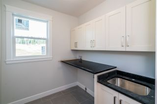 """Photo 11: 2462 CARMICHAEL Street in Prince George: Charella/Starlane House for sale in """"UNIVERSITY HEIGHTS"""" (PG City South (Zone 74))  : MLS®# R2370953"""