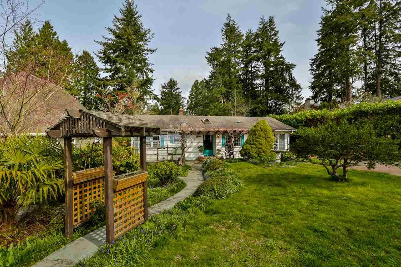"Main Photo: 12645 27A Avenue in Surrey: Crescent Bch Ocean Pk. House for sale in ""Ocean Park"" (South Surrey White Rock)  : MLS®# R2251653"