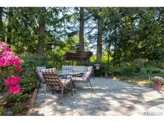 Photo 17: 427 Creed Pl in VICTORIA: VR Prior Lake House for sale (View Royal)  : MLS®# 703152