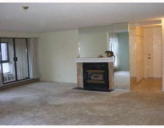 Photo 5: 301 5477 WHARF Road in Sechelt: Sechelt District Condo for sale (Sunshine Coast)  : MLS®# V611900