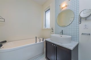 Photo 10: 2926 TRIMBLE Street in Vancouver: Point Grey House for sale (Vancouver West)  : MLS®# R2397526