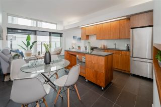 """Photo 8: 607 33 W PENDER Street in Vancouver: Downtown VW Condo for sale in """"33 LIVING"""" (Vancouver West)  : MLS®# R2572054"""
