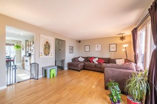 Photo 2: 49 Templeson Crescent NE in Calgary: Temple Detached for sale : MLS®# A1089563