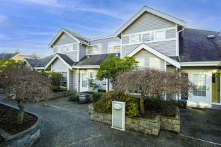 Main Photo: 7 700 ST. GEORGES Avenue in North Vancouver: Central Lonsdale Townhouse for sale : MLS®# R2536083