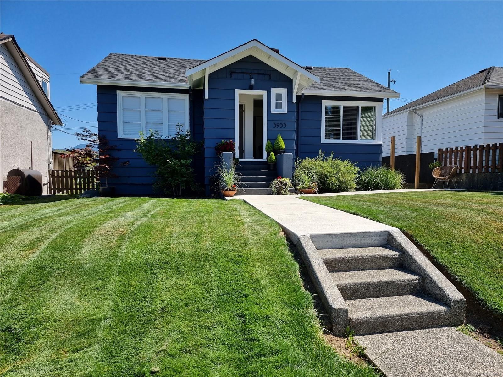 Main Photo: 3955 4th Ave in : PA Port Alberni House for sale (Port Alberni)  : MLS®# 885919