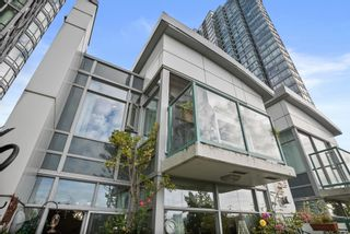 """Photo 31: 3F 1067 MARINASIDE Crescent in Vancouver: Yaletown Townhouse for sale in """"Quaywest"""" (Vancouver West)  : MLS®# R2620877"""