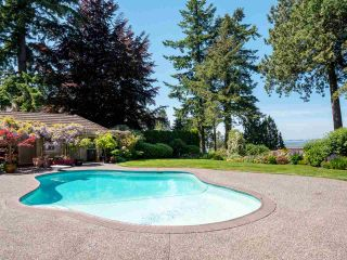"Photo 29: 13375 CRESCENT Road in Surrey: Elgin Chantrell House for sale in ""WATERFRONT CRESCENT ROAD"" (South Surrey White Rock)  : MLS®# R2531349"