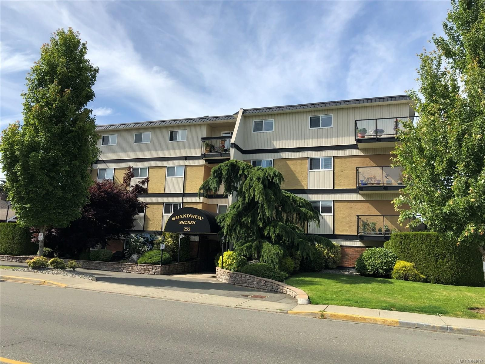 Main Photo: 309 255 W Hirst Ave in : PQ Parksville Condo for sale (Parksville/Qualicum)  : MLS®# 854671