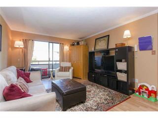 Photo 2: 310 515 ELEVENTH Street in New Westminster: Uptown NW Condo  : MLS®# V1099022