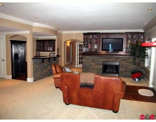 """Photo 9: 35454 JADE Drive in Abbotsford: Abbotsford East House for sale in """"EAGLE MOUNTAIN"""" : MLS®# F2910667"""
