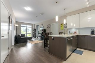 """Photo 2: 208 20 E ROYAL Avenue in New Westminster: Fraserview NW Condo for sale in """"LOOKOUT"""" : MLS®# R2537141"""