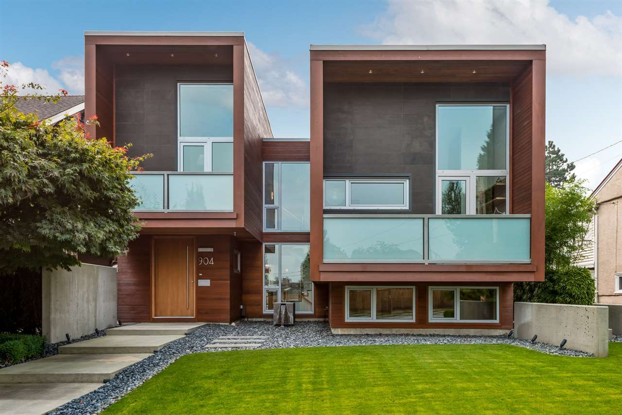 Main Photo: Custom Designed by Award Winning Architect Randy Bens- 904 Chiiliwack Street in New Westminster, BC