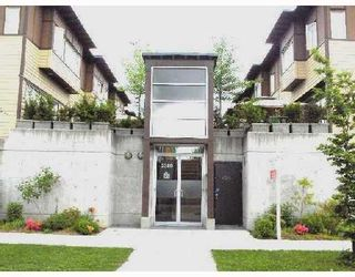 Main Photo: # 7 2389 CHARLES ST in Vancouver: Condo for sale : MLS®# V710163