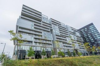 Photo 1: 32 Trolley Cres Unit #414 in Toronto: Moss Park Condo for lease (Toronto C08)  : MLS®# C4034028
