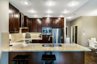 """Photo 3: 710 1415 PARKWAY Boulevard in Coquitlam: Westwood Plateau Condo for sale in """"CASCADES"""" : MLS®# R2621371"""