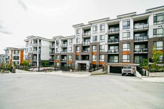"""Photo 32: B106 20087 68 Avenue in Langley: Willoughby Heights Condo for sale in """"PARK HILL"""" : MLS®# R2573091"""