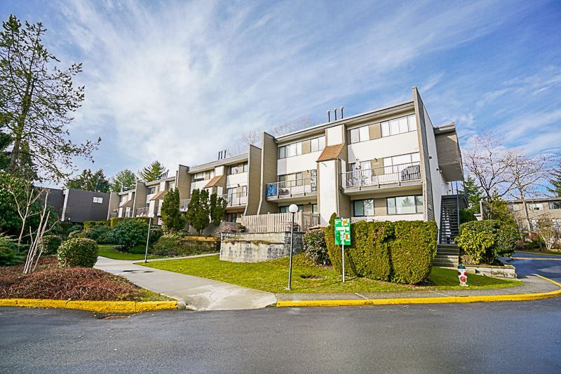 "Main Photo: 7360 CORONADO Drive in Burnaby: Montecito Townhouse for sale in ""CORONADO DRIVE"" (Burnaby North)  : MLS®# R2141805"
