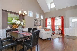 Photo 2: 18152 70A AVENUE in Surrey: Cloverdale BC House for sale (Cloverdale)  : MLS®# R2149572