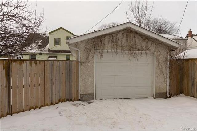 Photo 18: Photos: 155 Bourkevale Drive in Winnipeg: Bruce Park Residential for sale (5E)  : MLS®# 1801514