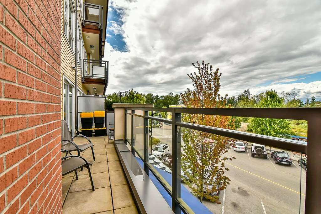 """Photo 13: Photos: 214 20728 WILLOUGHBY TOWN CENTRE Drive in Langley: Willoughby Heights Condo for sale in """"Kensington at Willoughby Town Centre"""" : MLS®# R2190142"""