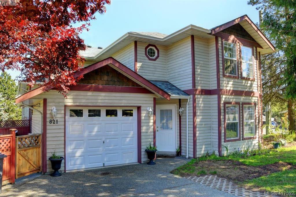 Main Photo: 821 Lampson St in VICTORIA: Es Old Esquimalt Row/Townhouse for sale (Esquimalt)  : MLS®# 828480