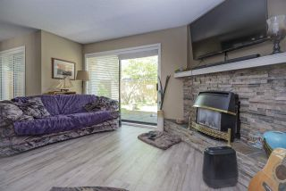"""Photo 5: 7 34755 OLD YALE Road in Abbotsford: Abbotsford East Townhouse for sale in """"Glenview"""" : MLS®# R2454937"""
