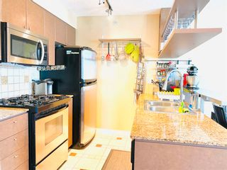 """Photo 14: 2106 1438 RICHARDS Street in Vancouver: Yaletown Condo for sale in """"AZURA"""" (Vancouver West)  : MLS®# R2596803"""