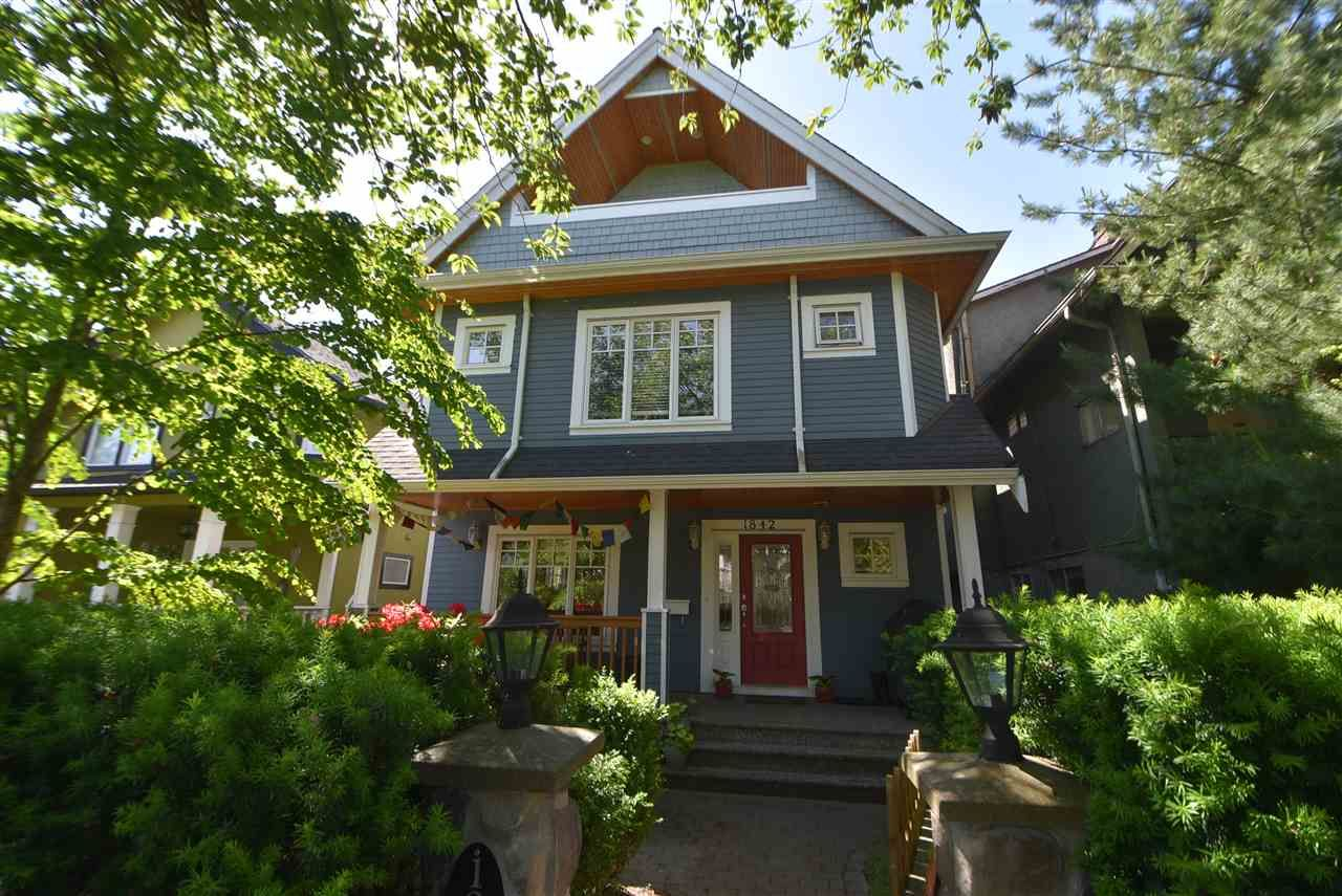 Main Photo: 1842 E 2ND Avenue in Vancouver: Grandview VE 1/2 Duplex for sale (Vancouver East)  : MLS®# R2273014