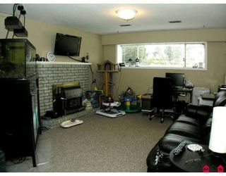 Photo 9: 2940 ROYAL Street in Abbotsford: Abbotsford West House for sale : MLS®# F2905827