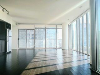Photo 4: 502 105 The Queensway in Toronto: High Park-Swansea Condo for lease (Toronto W01)  : MLS®# W5180520