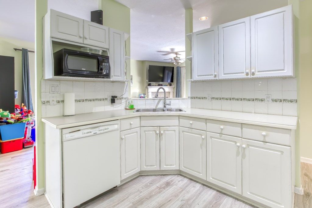 """Photo 8: Photos: 1 21579 88B Avenue in Langley: Walnut Grove Townhouse for sale in """"Carriage Park"""" : MLS®# R2494791"""