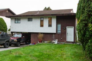 Photo 2: 723 TRICKLEBROOK Way in Gibsons: Gibsons & Area House for sale (Sunshine Coast)  : MLS®# R2416239