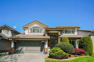 Photo 1: 20721 90 Avenue in Langley: Walnut Grove House for sale : MLS®# R2454757