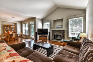 """Photo 3: 32998 CAITHNESS Place in Abbotsford: Central Abbotsford House for sale in """"ARGYLL GROVE"""" : MLS®# R2187464"""