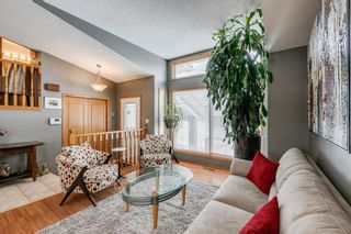 Photo 4: 127 Wood Valley Drive SW in Calgary: Woodbine Detached for sale : MLS®# A1062354