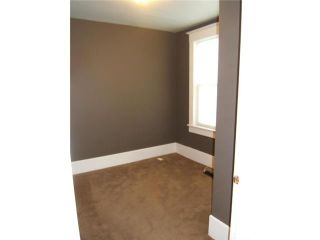 Photo 7: 306 BELVIDERE Street in WINNIPEG: St James Residential for sale (West Winnipeg)  : MLS®# 1018295