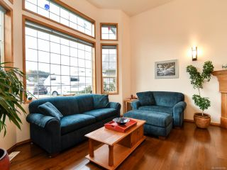 Photo 3: 2355 Strawberry Pl in CAMPBELL RIVER: CR Willow Point House for sale (Campbell River)  : MLS®# 830896