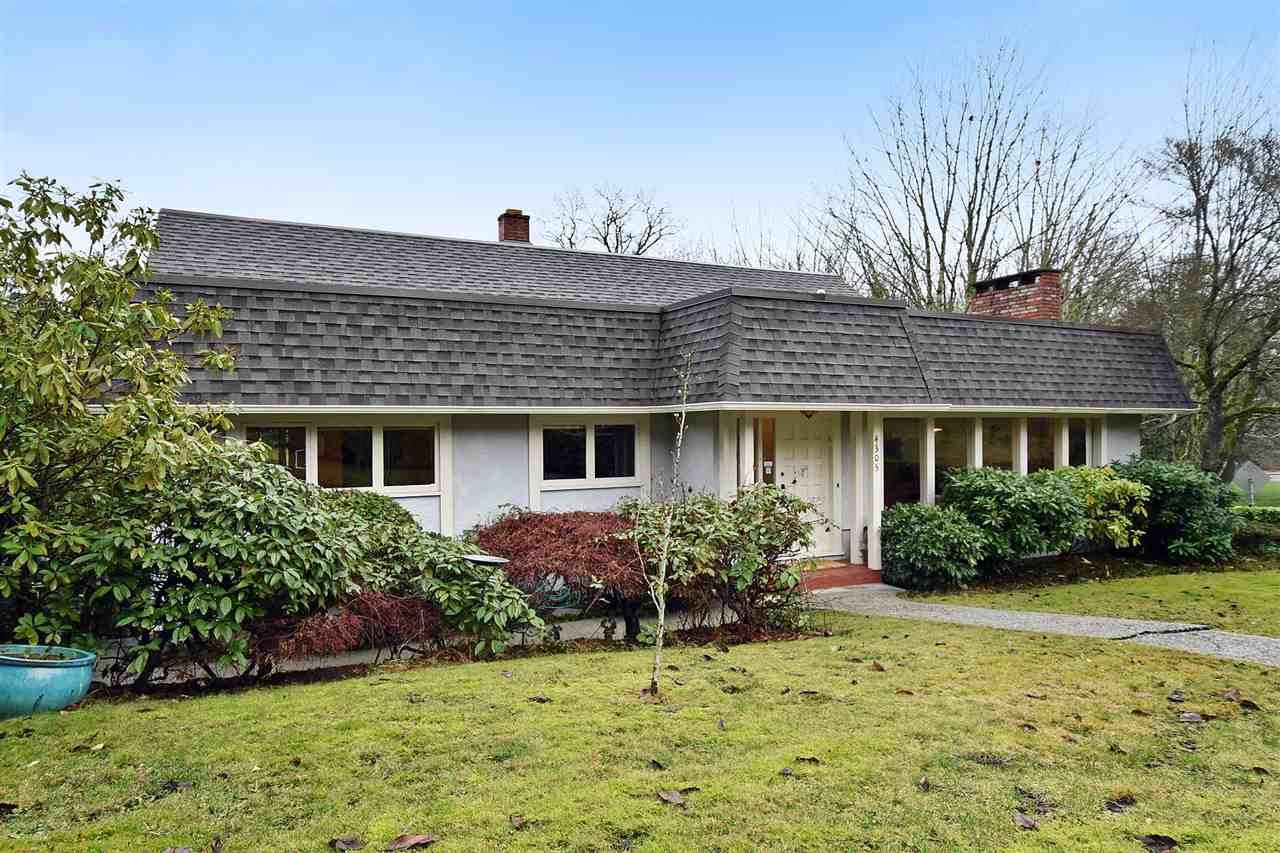 """Main Photo: 4305 LOCARNO Crescent in Vancouver: Point Grey House for sale in """"POINT GREY"""" (Vancouver West)  : MLS®# R2029237"""