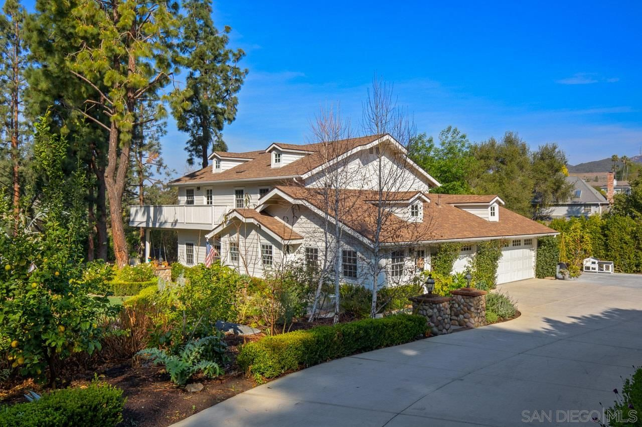 Main Photo: SAN DIEGO House for sale : 5 bedrooms : 3412 Buena Creek Road in Vista