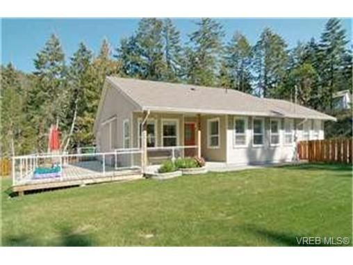 Main Photo: 689 Seedtree Rd in SOOKE: Sk East Sooke House for sale (Sooke)  : MLS®# 444891
